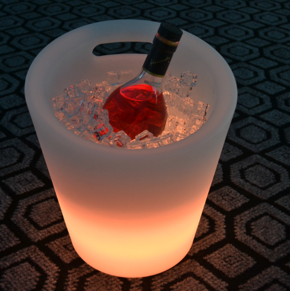 PE colors change Portable led flashing ice bucket for beer