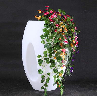 Waterproof PE flower pot for wedding decoration
